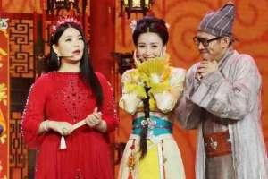 资讯生活柳岩古装加身化身美艳厨娘与李湘同台争艳